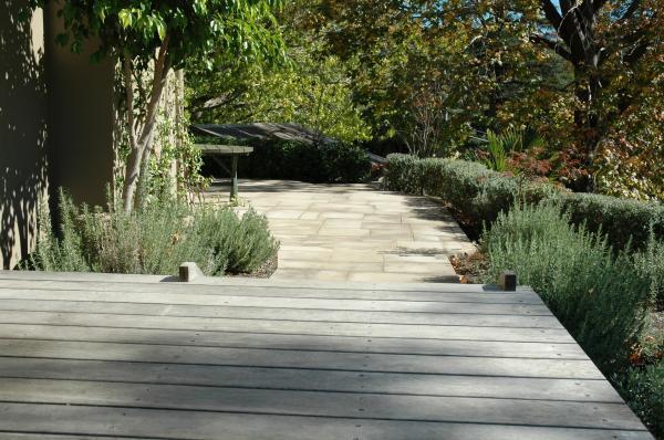 Private Garden Roseville 04