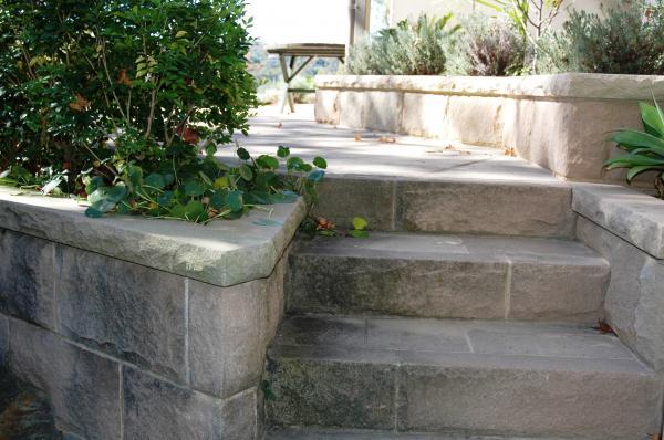 Private Garden Roseville 05