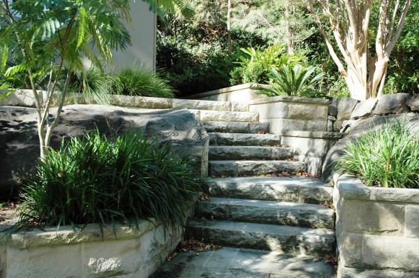 Private Garden Roseville 06